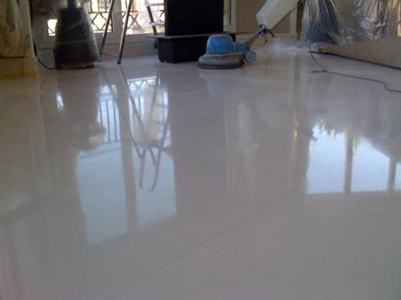 Marmol blanco pulido e abrillantado - Pulir terrazo manualmente ...
