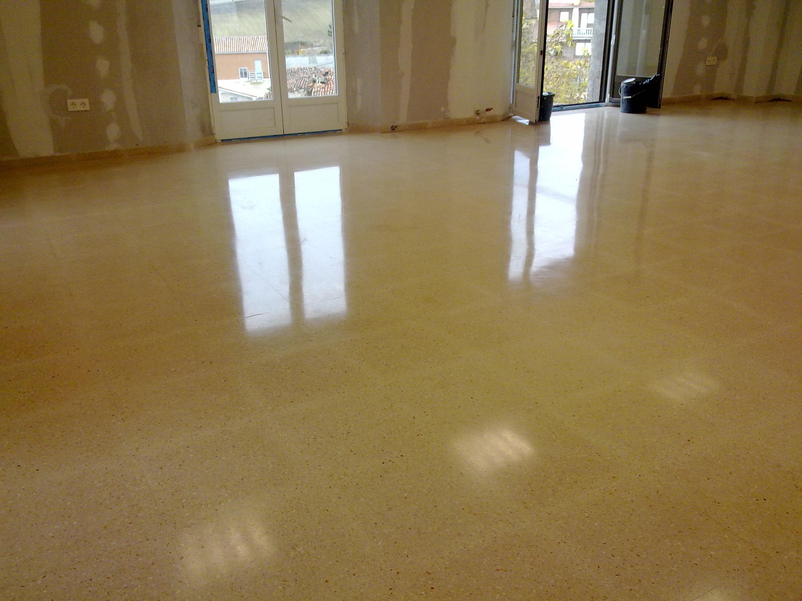 Terrazo pulido e abrillantado - Pulir terrazo manualmente ...
